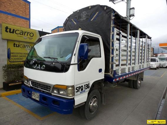 Jac Hfc 1061 Camion Estacas
