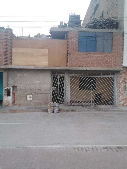 Casa De Dos Pisos En Urbanizacion Condevilla Smp