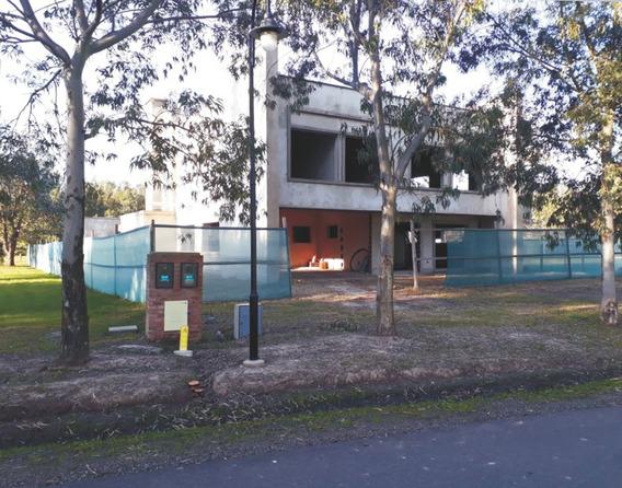 Venta - Casa A Terminar En Miralagos