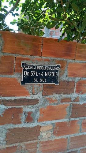 Placas De Túmulos E Residenciais.