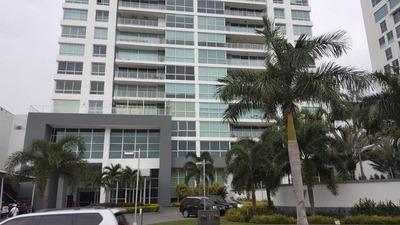 Apartamento En Alquiler En Costa Del Este Em 18-2187