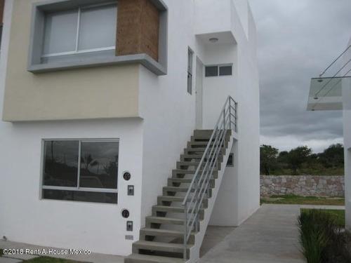 Departamento En Venta En El Rosario, El Marques, Rah-mx-20-197