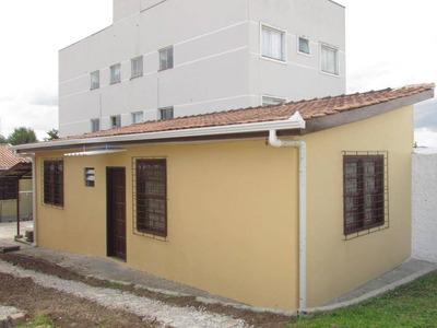 Residencia Contendo 2 Dormitórios, Sala Integrada Com Cozinha, Bwc Social. - Ca0445