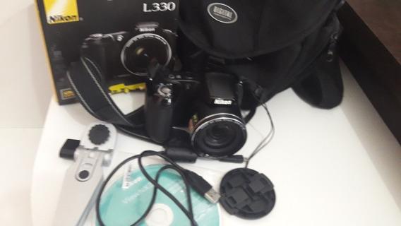 Câmera Nikon L330