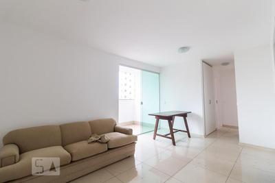 Apartamento No 3º Andar Com Opção De Mobília (acordar Com O Proprietári) Com 2 Dormitórios E 1 Garagem - Id: 892846950 - 146950