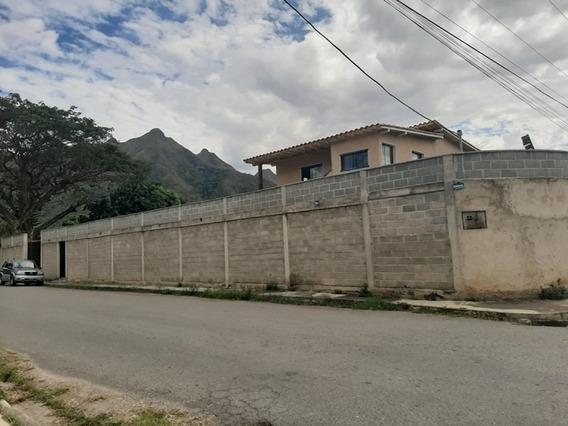 Venta De Parcela Turistica Con Casa En Las Morochas