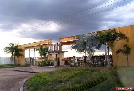 Terreno En Parque Res. Sabana Casa Club