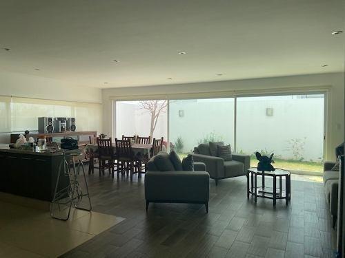 Hacienda Juriquilla, Casa Amueblada, Privada, Amenidades