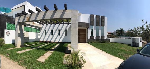 Espectacular Casa En Lomas De Cocoyoc