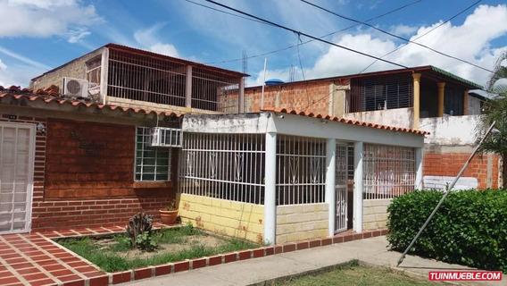 Casas En Venta 04166467687 Prados De La Encruc.