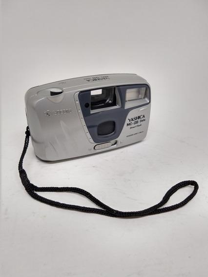 Máquina Fotográfica Yashica Câmera Antiga De Filme Revelação