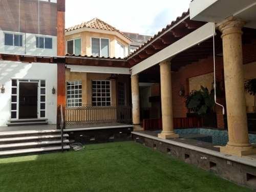 Venta De Casa Estilo Mexicano Zona La Calera Con Alberca Y Sala De Cine