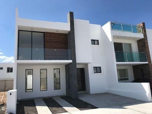 Cañadas Del Arroyo Casa Nueva En Venta
