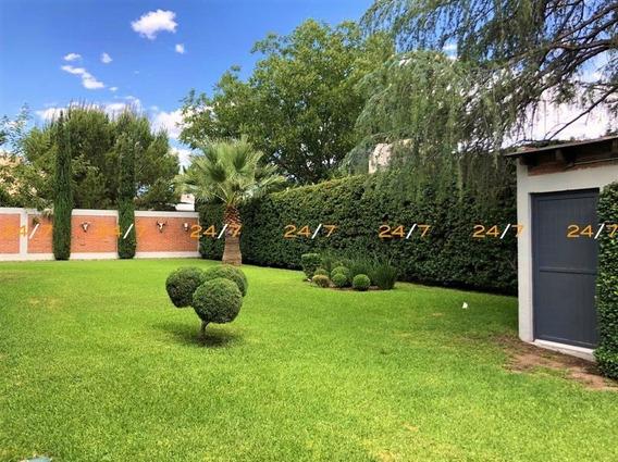Lomas Del Santuario, Amplia Casa En Renta.