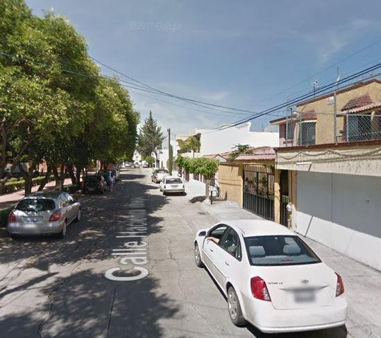 Casa En Adjudicacion Col.mansiones Del Valle Qro