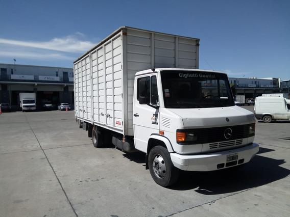 Camion Mercedes-benz 710 P