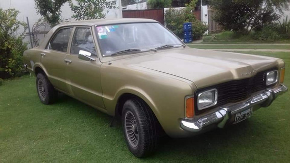 Ford Taunus Sedán