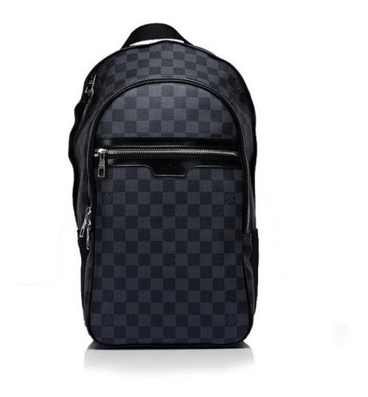 Mochila Michael Graphite Couro Código Premium Louis Vuitton
