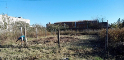 Lote En Venta :: Ituzaingo Zona Industrial :: 200m2