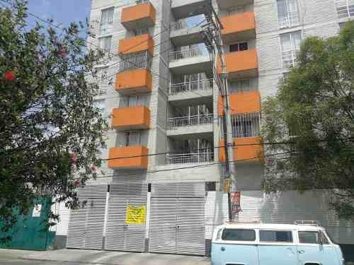 Iztacalco, Departamento 2 Recamaras, Garage 1 Auto, 1er Piso