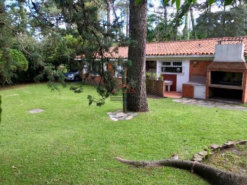 Cómoda Casa A Pocos Metros De La Playa - Ref: 4757