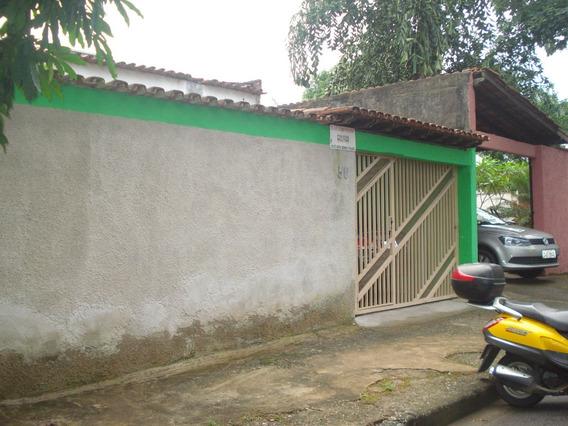 Casa 03 Quartos Bairro Horto