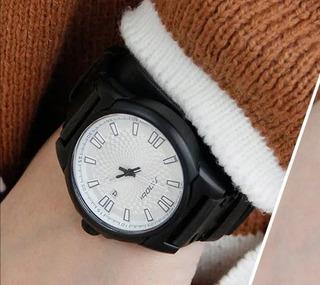 Reloj Sinobi 9563 Negro Fondo Blanco