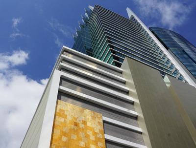 Venta De Torre Empresarial En Obarrio 19-1807 **hh**