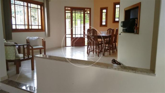Casa - Ref: 810220