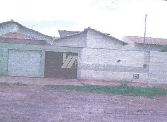 Rua Trinta E Cinco, Santa Rafaela, Montes Claros - 378860