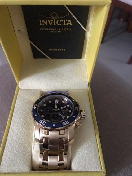 Vendo Relógio Invicta 200m Folheado Semi Novo.