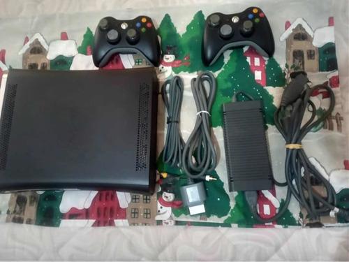 Xbox 360 Elite 250gb Negro, Chip 3.0 En Combo.