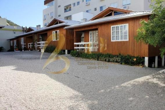 Chalé / Pousada Para Temporada Em Bombinhas, Bombas, 2 Dormitórios, 1 Banheiro, 1 Vaga - 329_1-1245543