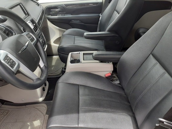 Chrysler Voyager Touring T/a Limited 2014