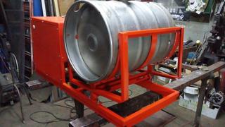 Carbonatadora. De Barrilea De Cerveza.