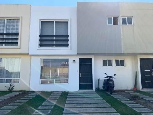 Casa En Venta En Cuautlancingo, Fracc Punta Agave
