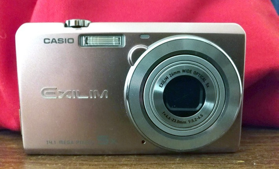 Cámara Digital Casio Exilim 14.1 26mm Zoom Óptico