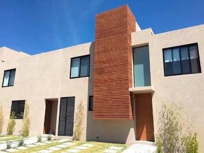 Casa Renta Zakia La Esencia