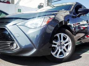 Toyota Yaris 2017 4p Sedán R Xle L4/1.5l Aut
