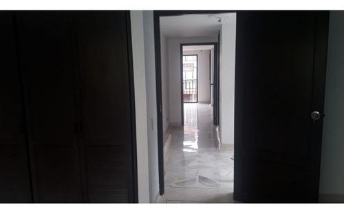 Venta De Casa En Condominio En El Refugio, Sur De Cali 2871. A