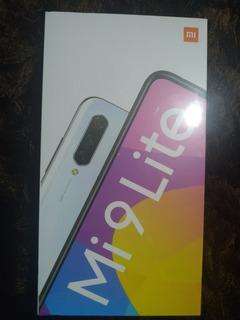 Xiaomi Mi 9 Lite 128gb De Memória 6gb Ram Lacrado Na Caixa