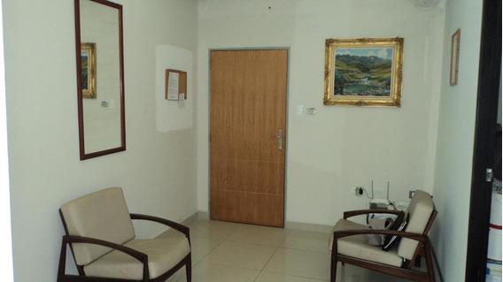 Oficina En Venta Parroquia Santa Rosarah: 19-14003