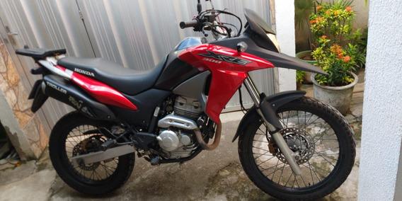 Vendo Xre 300 2016, Único Dono, Motocicleta Super Nova...