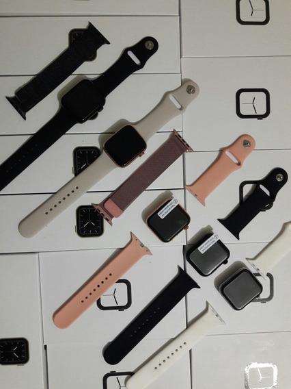 Smart Watch W68 + Correa MetálicaColor Negro