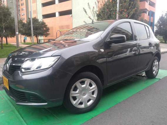 Renault Sandero Authentique 1600 Cc Mt Aa 2017
