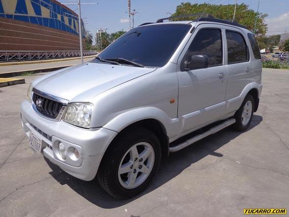 Toyota Terios Cool Awd Sincrónico