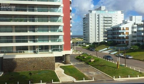 Torre Esmeralda Venta Y Alquiler, Playa Brava - Punta Del Este- Ref: 387