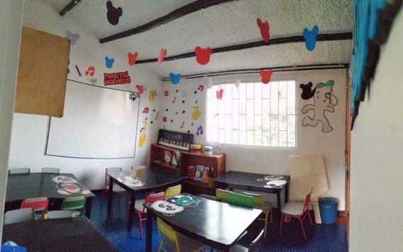 Se Vende Mobiliario De Jardín Infantil