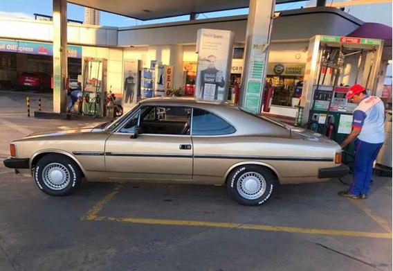 Chevrolet Opala Coupê Dourado