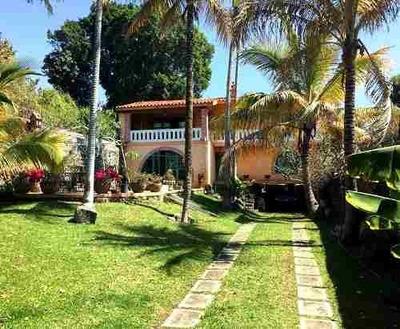 B1251 - Encantadora Casa Estilo Colonial